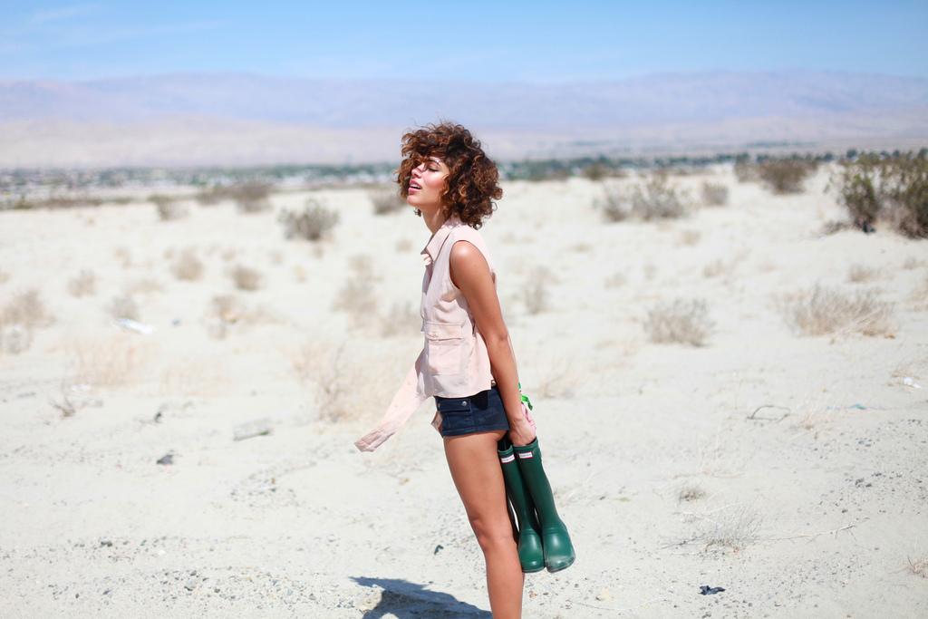 {Coachella} Desert Tours